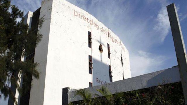 Guadalajara hace historia; registran a hijo de pareja homosexual